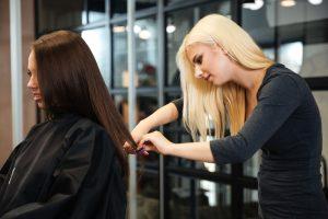 assurance perte de salaire coiffeuse